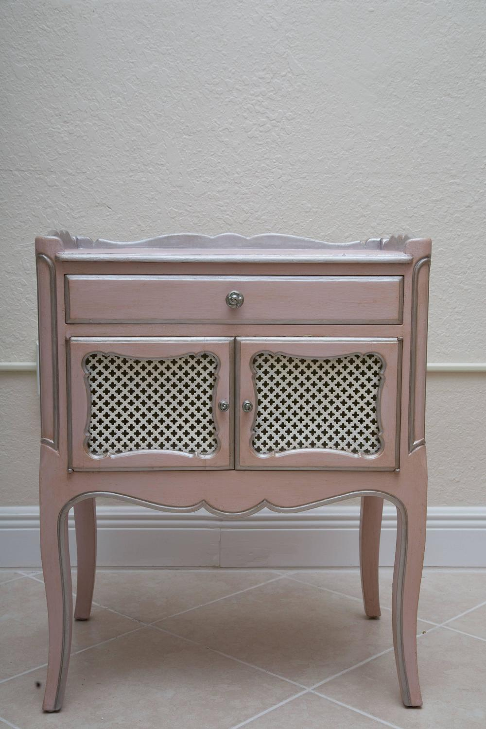 Pair Of Pink Painted And Parcel Silver Commodes 20th Century For Sale At 1stdibs