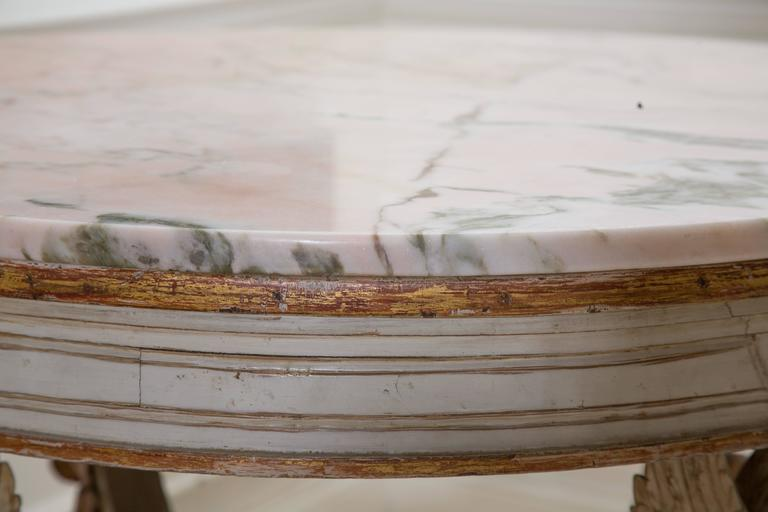 19th Century Swedish Circular White Painted and Parcel-Gilt Table In Good Condition For Sale In WEST PALM BEACH, FL