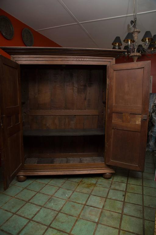 18th Century French Oak Armoire 2