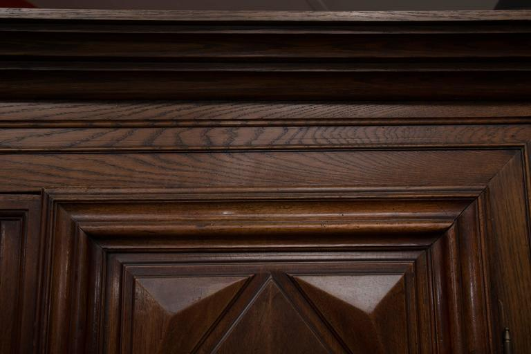 18th Century French Oak Armoire 3