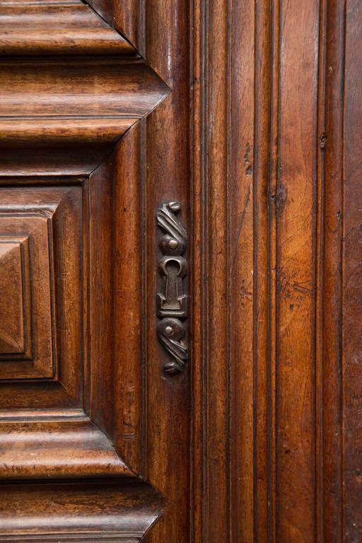18th Century French Oak Armoire 9
