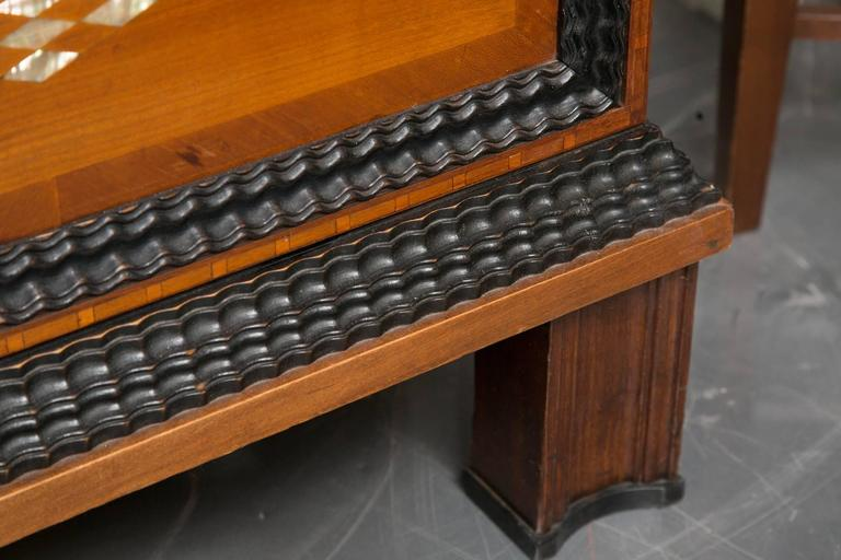 19th Century English Regency Style Cherry and Ebony Bookcase For Sale 1
