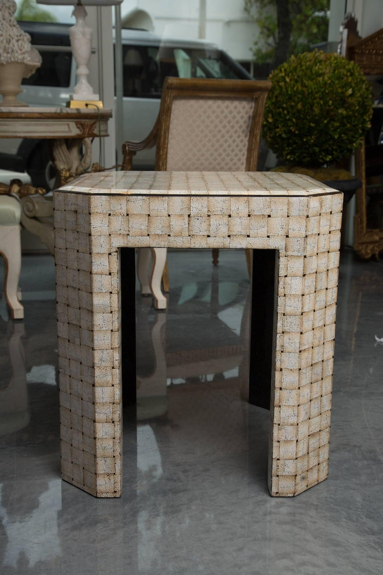 Unique Simulated Egg Shell Side Table 2