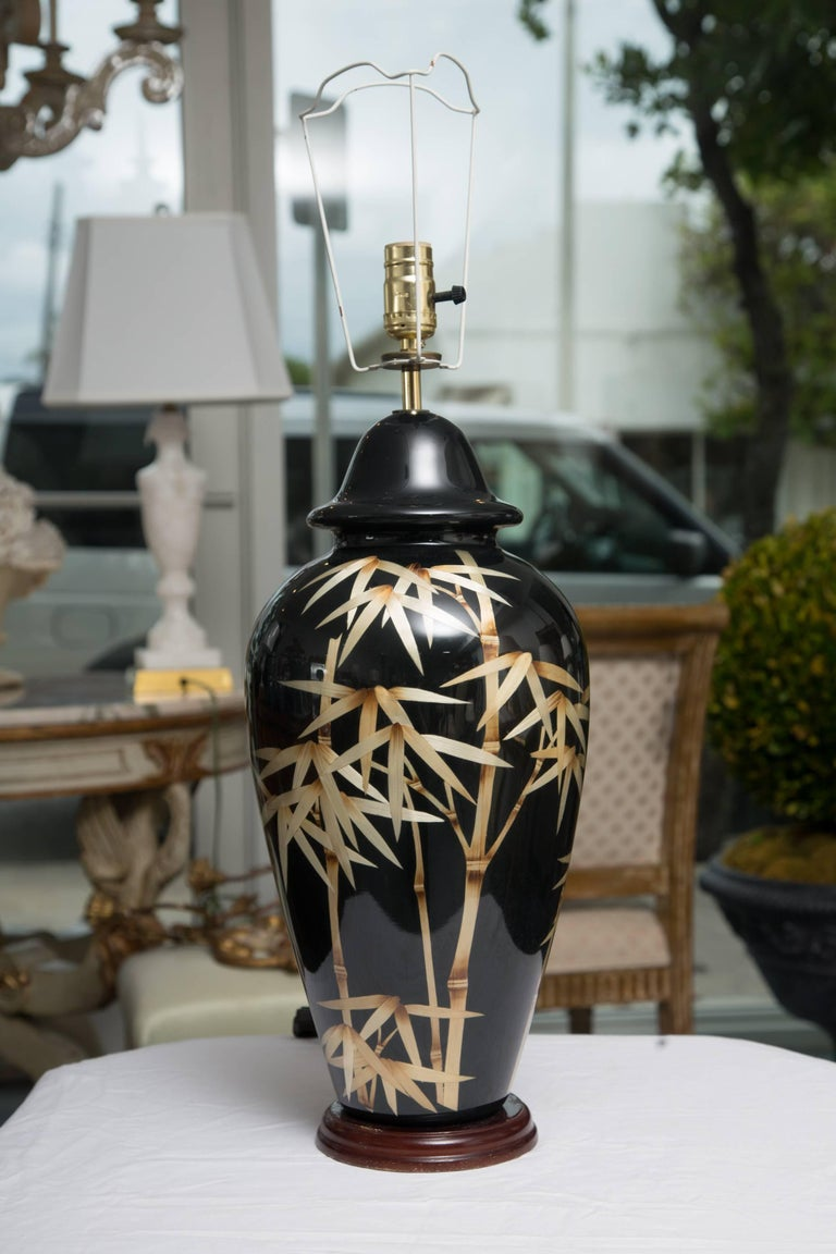 Pair of Vintage Black Glass Lamps with Bamboo Design In Good Condition For Sale In WEST PALM BEACH, FL