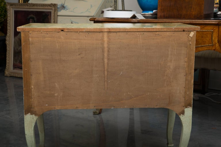 Louis XV Venetian Hand-Painted Serpentine Commode For Sale