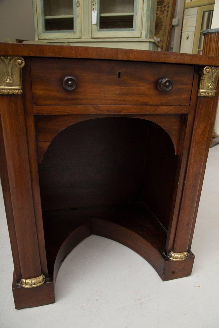 Regency 19th Century Mahogany Knee Hole Desk For Sale