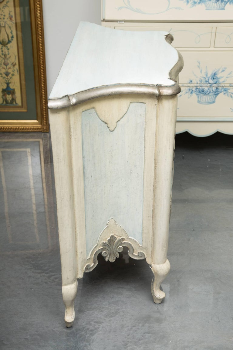 Italian Pair of Serpentine Painted Venetian Cabinets For Sale
