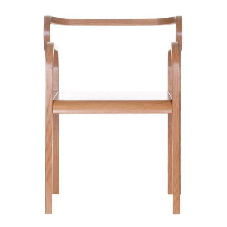 Modern Odette Curvy Dining Chair with Armrests in Solid Oak Wood For Sale