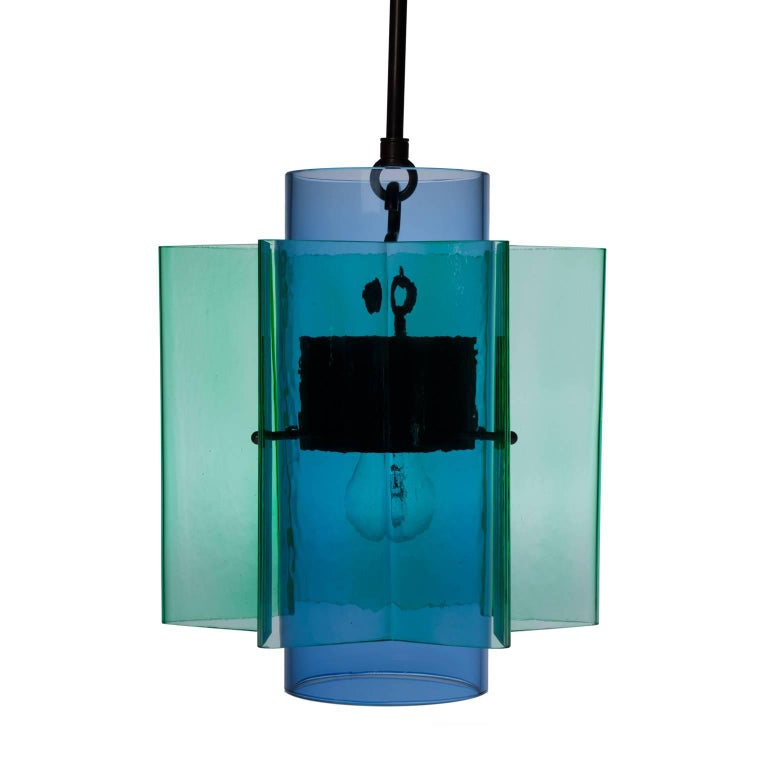 Hand-Crafted Petrona Colored Star-Shaped Pendant Chandelier in Blue and Green Blown Glass For Sale