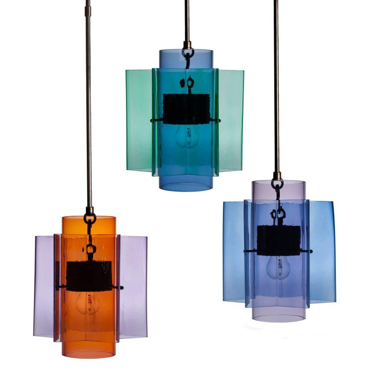 Hand-Crafted Petrona Star-Shaped Pendant Light in Blue and Purple Mouthblown Glass For Sale