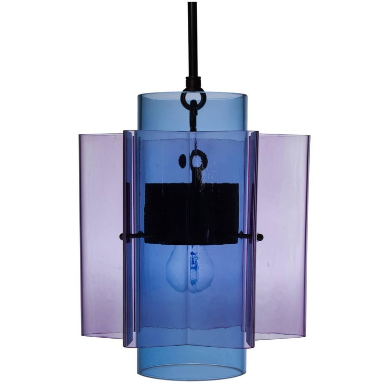 Brass Petrona Star-Shaped Pendant Light in Blue and Purple Mouthblown Glass For Sale