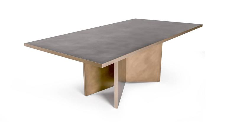 Vega Dining Table, Customizable Metal and Dimensions In Excellent Condition For Sale In Brooklyn, NY