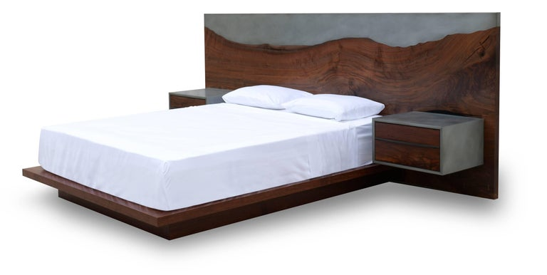 Nola Bed, Customizable Wood, Metal and Resin, Queen Size 2