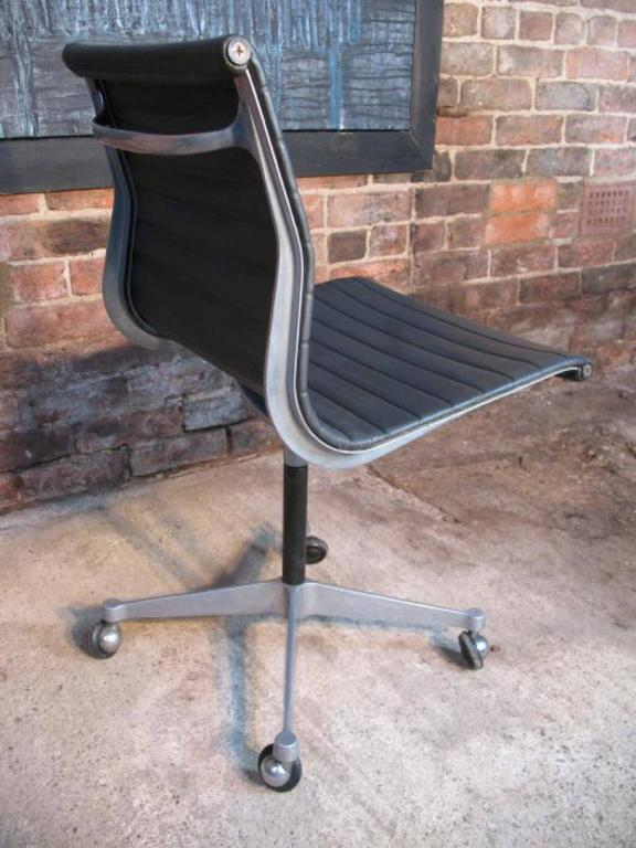 original charles and ray eames miller swivel chair on wheels model