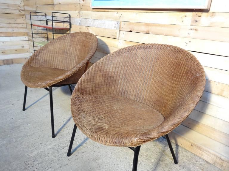 1960s Extremely Sought After Lloyds Loom Rotan Set of Chairs In Good Condition For Sale In Cowthorpe, North Yorkshire