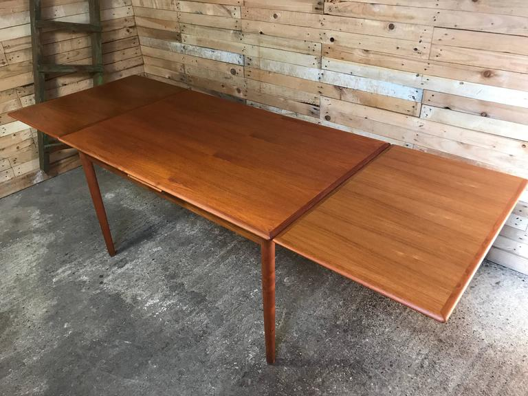 Jun Omann for Møbelfabrik A/S Teak 1960s Retro Rect Extendable Dining Table In Good Condition For Sale In Cowthorpe, North Yorkshire
