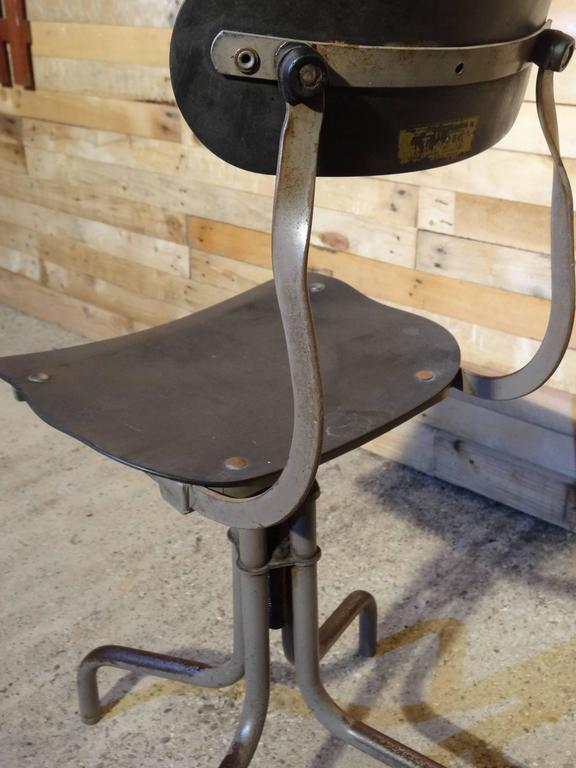 1930s Industrial sewing stool. 