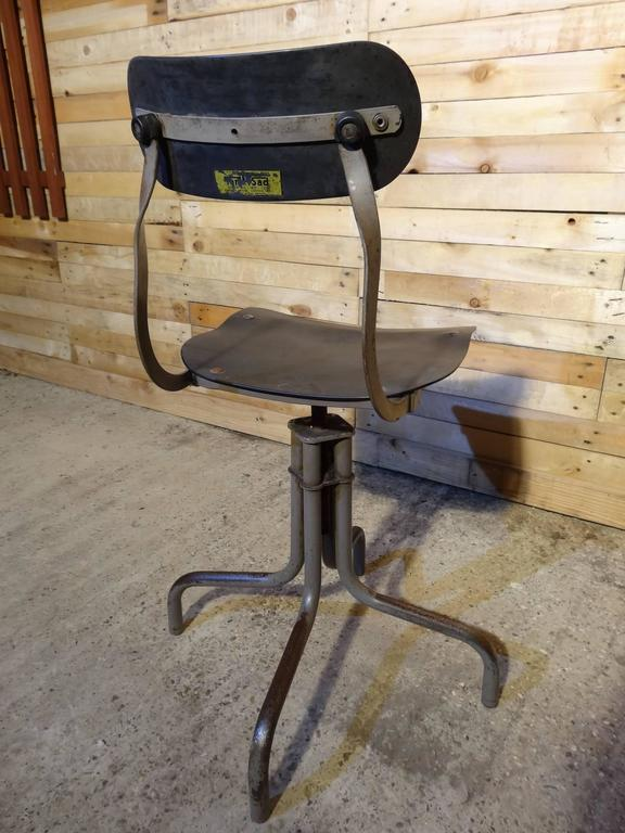 English Tan-Sad Chair Co. 1930s Industrial Metal Height Adjustable Sewing Stool For Sale