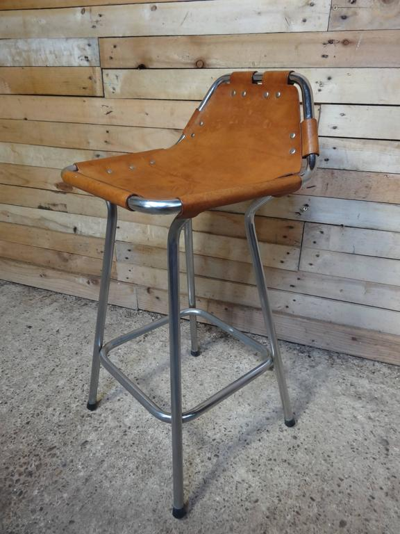Sought after ''Hourglass Framed'' Leather Charlotte Perriand Stool Les Arcs In Excellent Condition For Sale In Cowthorpe, North Yorkshire