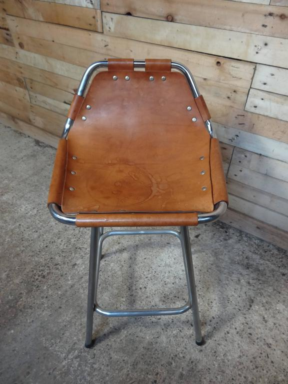 French Sought after ''Hourglass Framed'' Leather Charlotte Perriand Stool Les Arcs For Sale