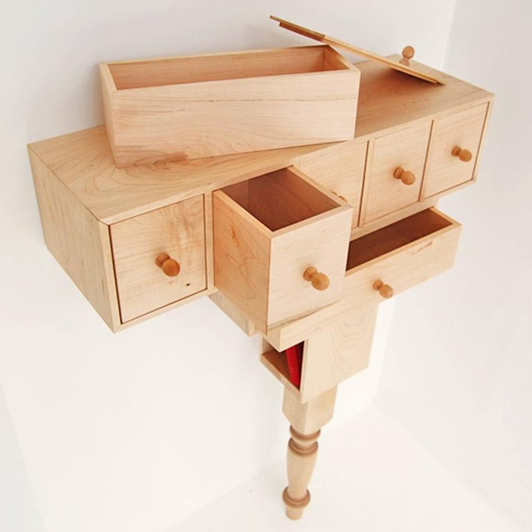 Entry Console in Maple by Pelle In New Condition In Brooklyn, NY