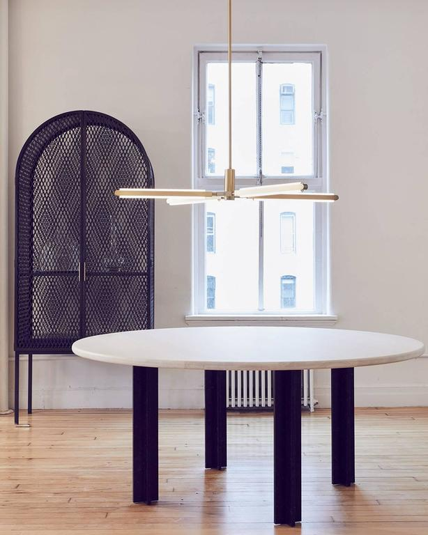 Pris is a slim, sleek lighting system with a futuristic feel.  Named after the fembot character in the neo-noir film, Blade Runner, Pris is available in a series of configurations ranging from simple sconces to multi-dimensional chandeliers. Every