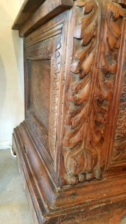 17th Century Italian Renaissance Carved Cassone At 1stdibs