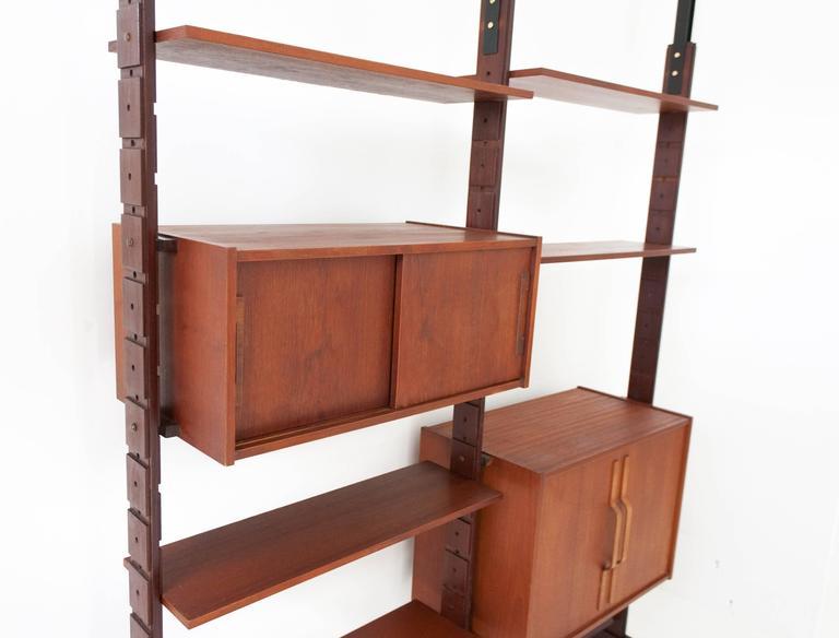 Italian Mid-Century Mahogany Wall Unit Bookshelf Attrib. to Ico Parisi 1950s For Sale 1
