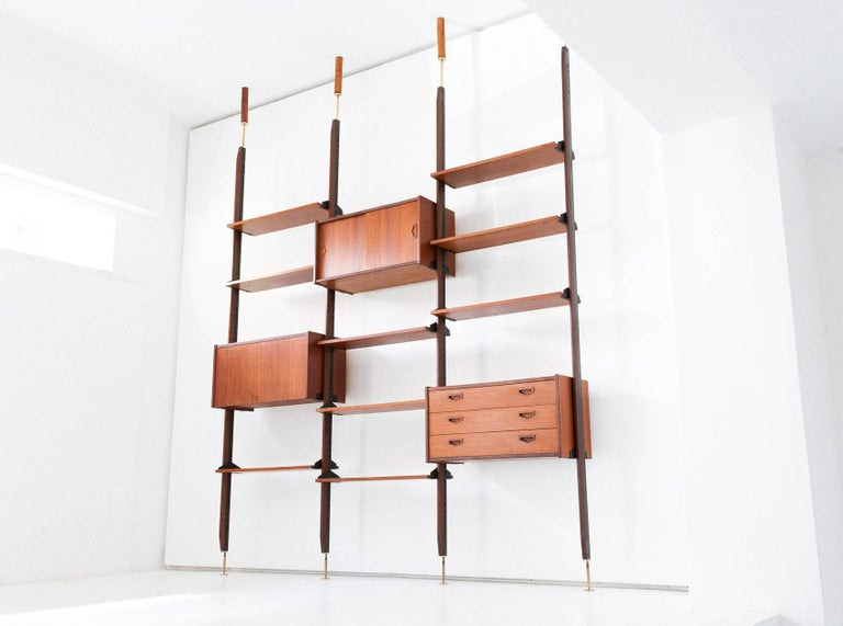 Bookshelf/wall unit