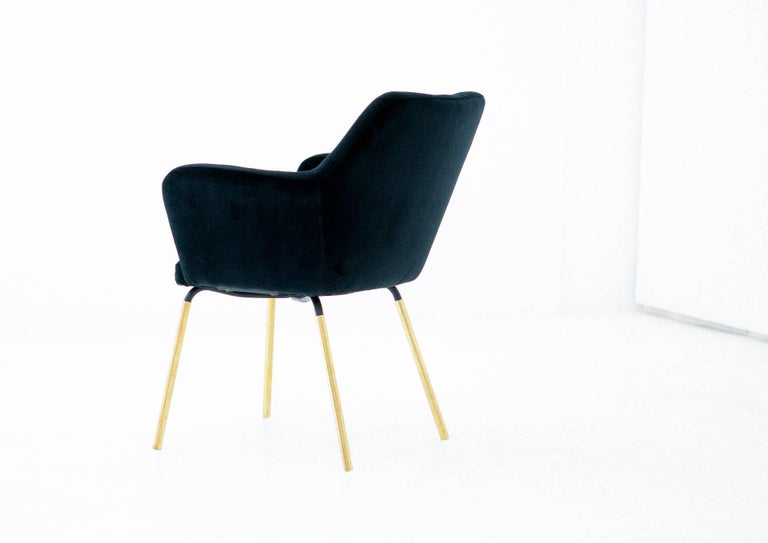 Mid-20th Century Gio Ponti for Arflex Pair of Airone Black Velvet Armchairs, 1950s Dining Chairs For Sale