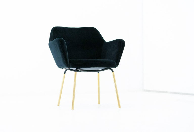 Gio Ponti for Arflex Pair of Airone Black Velvet Armchairs, 1950s Dining Chairs For Sale 1