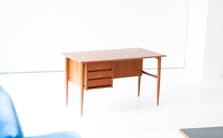 Mid-20th Century Fully Restored Danish Mid-Century Modern Teak Day Desk, 1950s For Sale