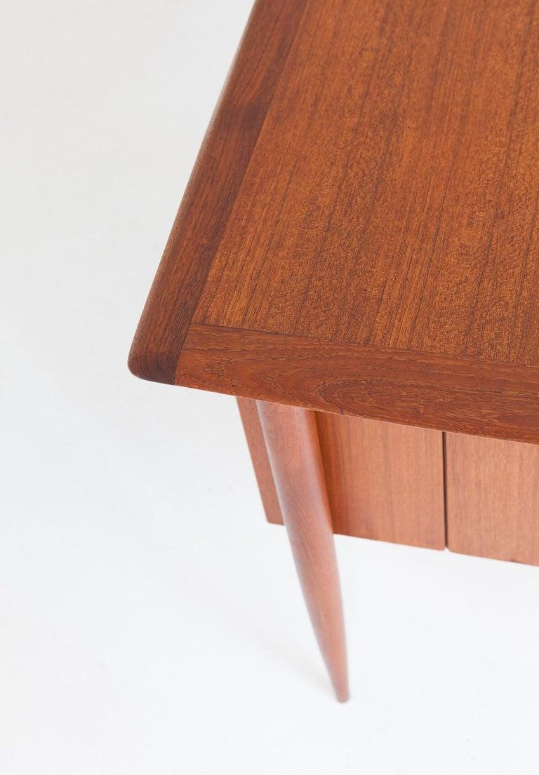 Fully Restored Danish Mid-Century Modern Teak Day Desk, 1950s For Sale 2