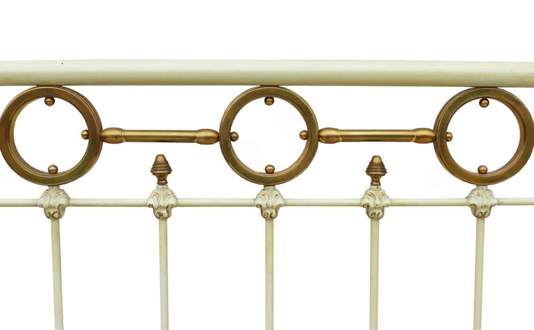 Antique French Brass and Iron Bed with Original Paint, circa 1890 In Good Condition For Sale In , FR