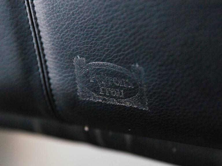"""Walse"" Black Leather Sofa by Tito Agnoli for Poltrona Frau, 1986 9"