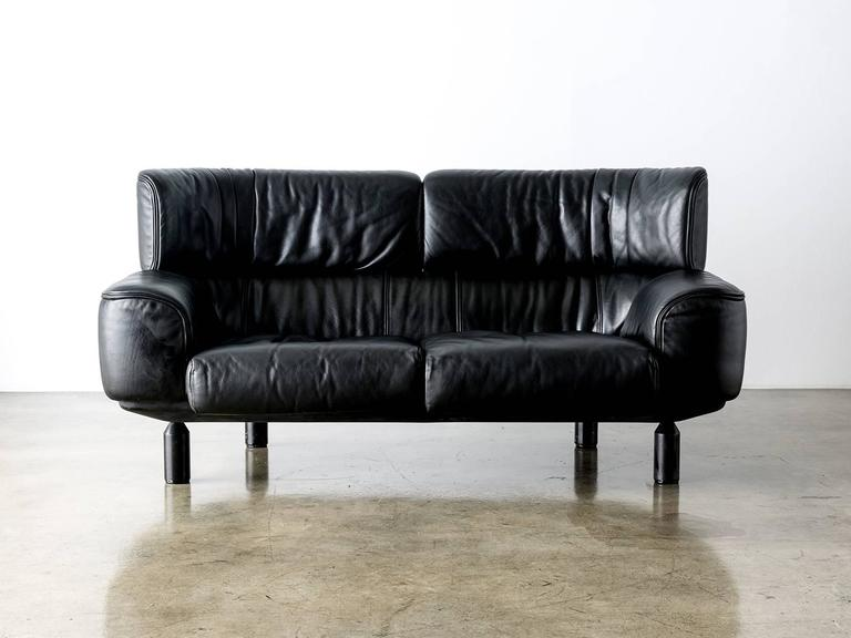 """Bull"" Black Leather Settee Sofa by Gianfranco Frattini for Cassina, ..."