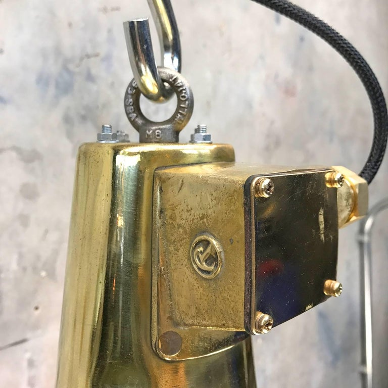 1970s Japanese Brass Marine Nautical Searchlight Pendant Lamp, Edison E40-E27 For Sale 3