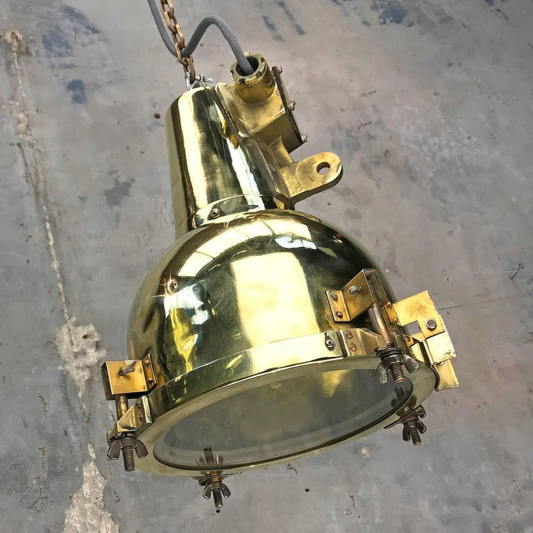 1970s Japanese Brass Marine Nautical Searchlight Pendant Lamp, Edison E26/E27 For Sale 7