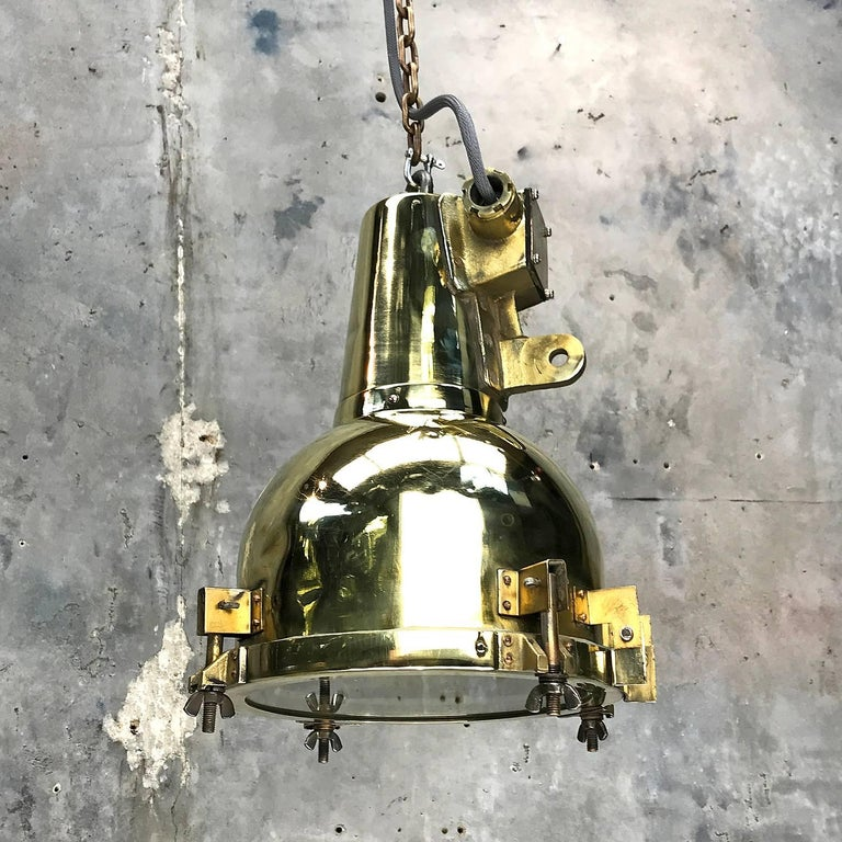 1970s Japanese Brass Marine Nautical Searchlight Pendant Lamp, Edison E26/E27 For Sale 8