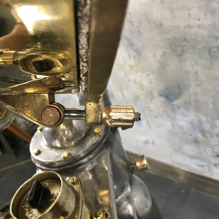 1940s Rotherham's British Brass, Bronze and Aluminium Maritime Searchlight For Sale 6