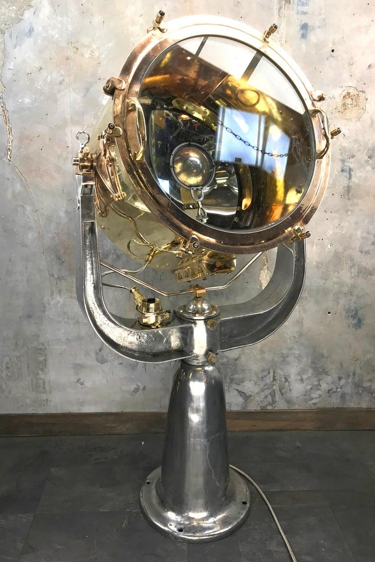 1940s Rotherham's British Brass, Bronze and Aluminium Maritime Searchlight For Sale 10