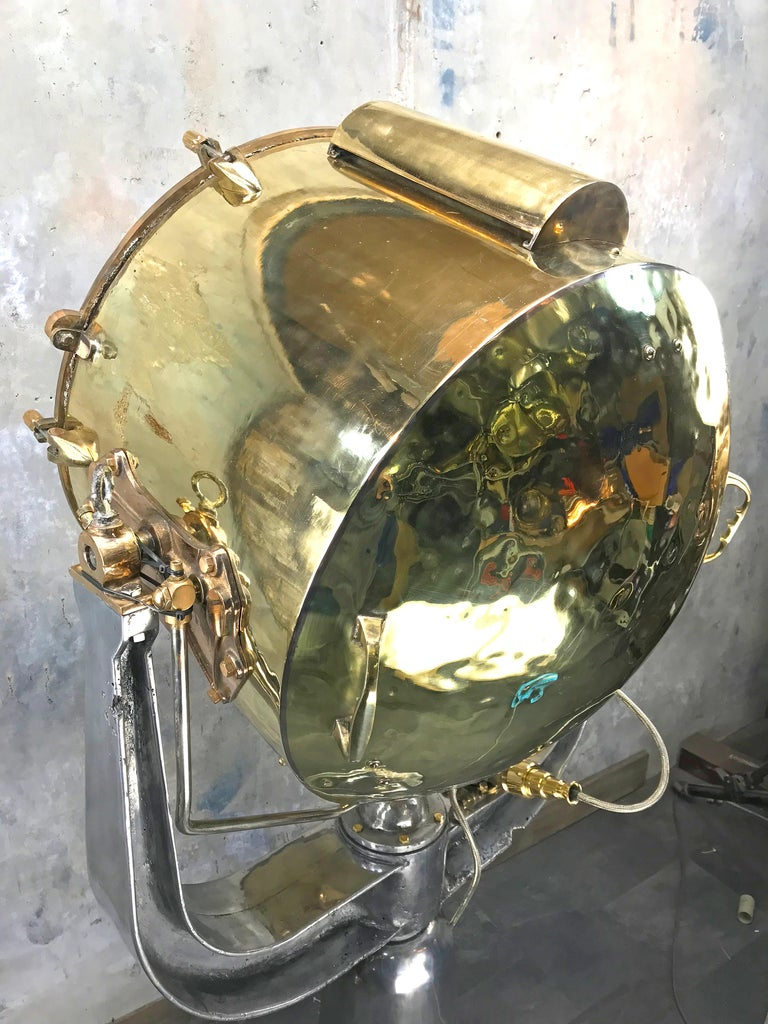 1940s Rotherham's British Brass, Bronze and Aluminium Maritime Searchlight For Sale 12