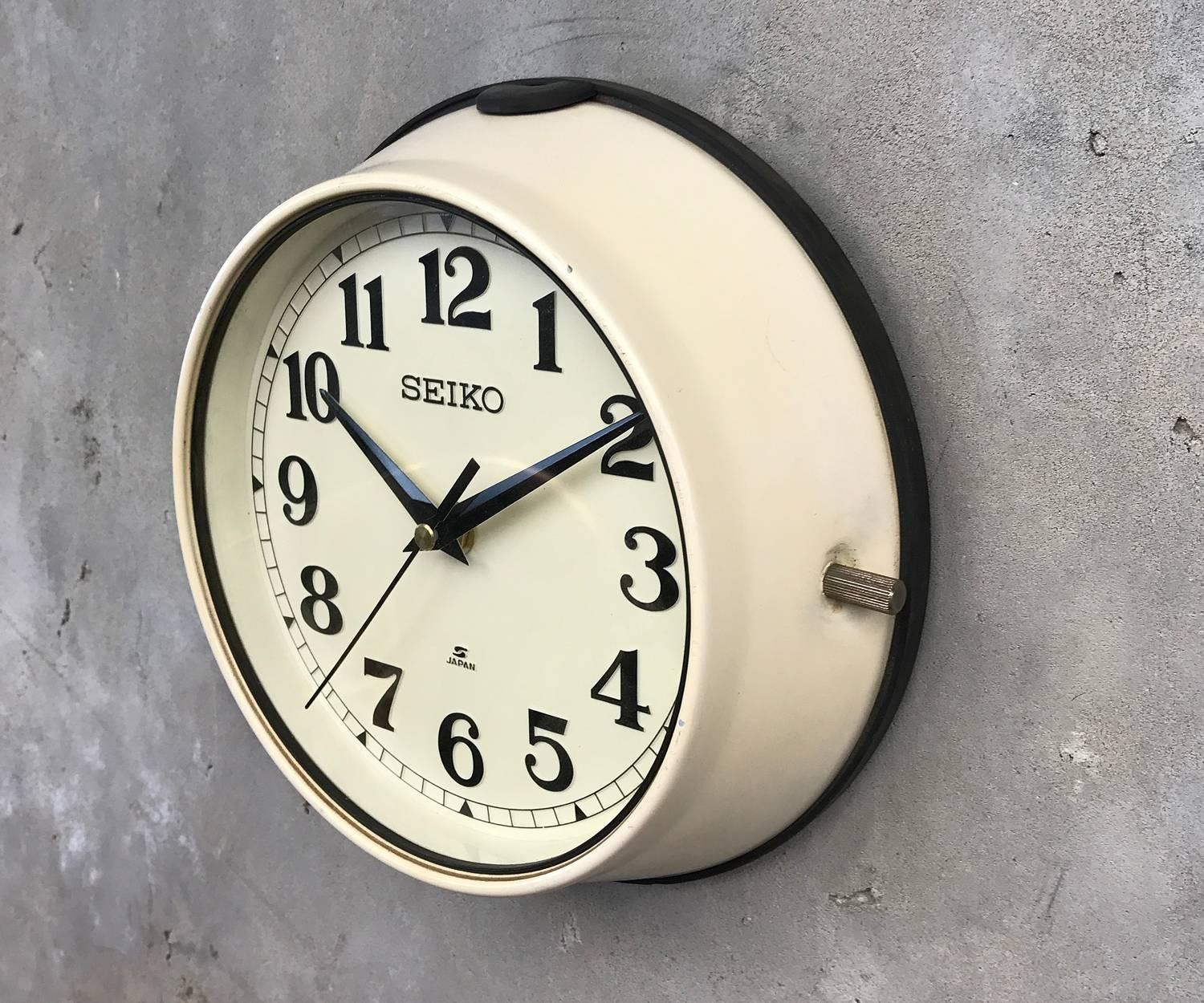 Vintage seiko wall clock images home wall decoration ideas seiko wall clock medium image for seiko india wall clocks clock 1970s green seiko retro vintage amipublicfo Image collections