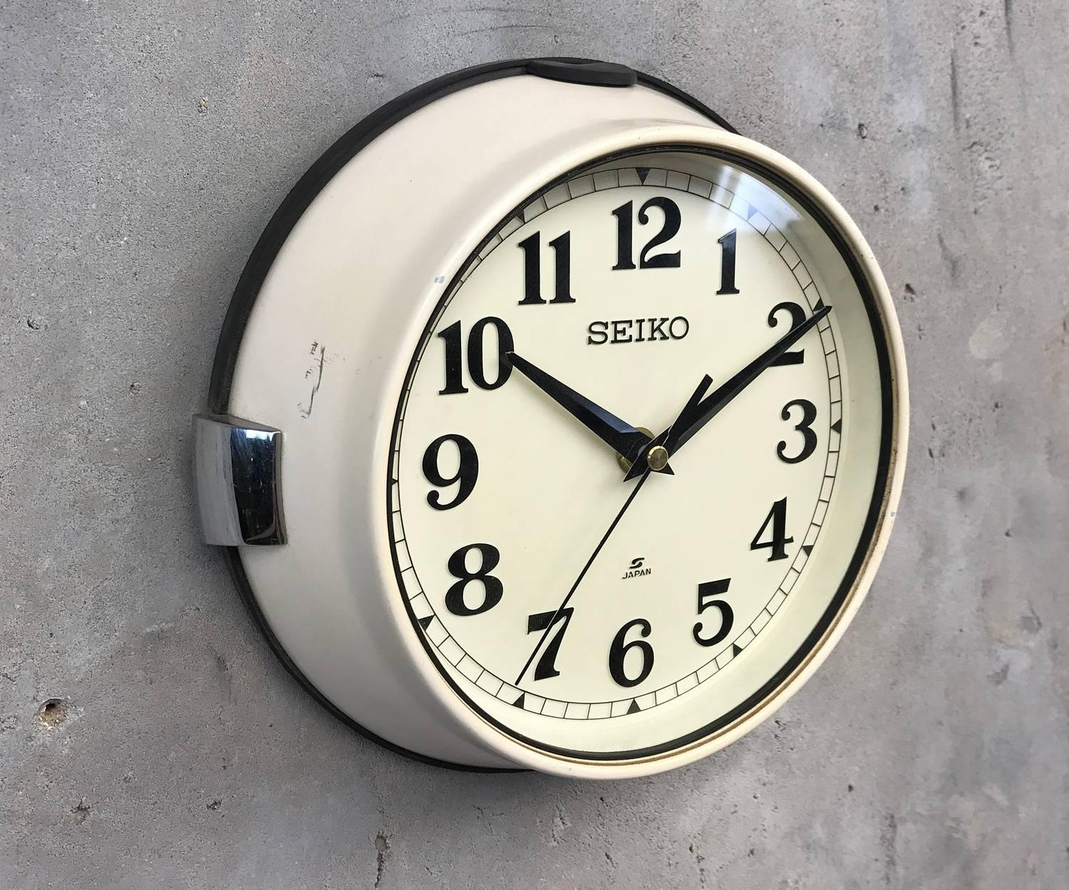1970s Green Seiko Retro Vintage Industrial Antique Steel Quartz Wall