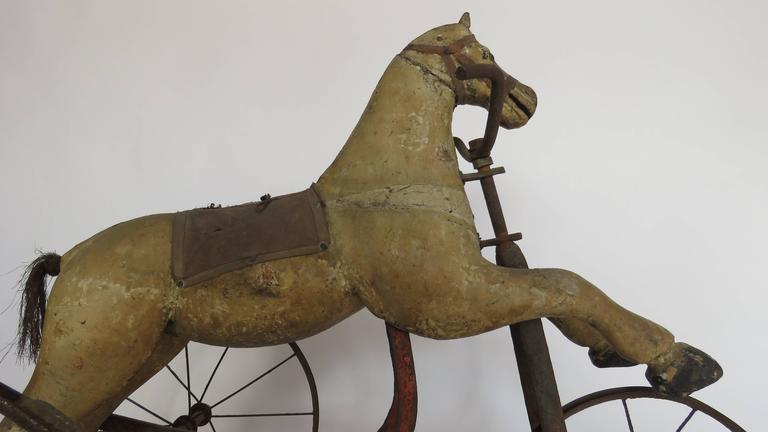 Wooden Horse Tricycle In Good Condition For Sale In Alella, ES
