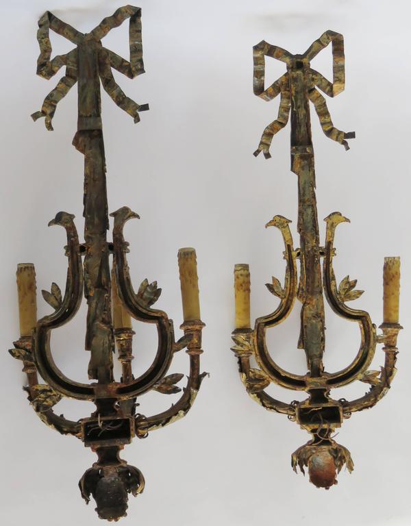 Paar große vergoldete Eisen drei leichte Wandleuchter Applique 9