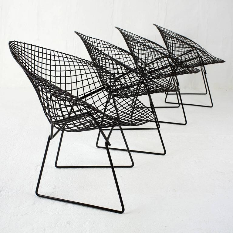 set of four diamond chairs by harry bertoia for knoll at 1stdibs. Black Bedroom Furniture Sets. Home Design Ideas