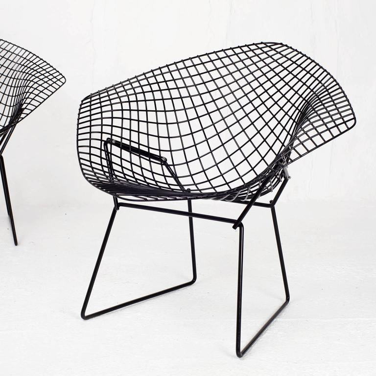 set of two diamond chairs by harry bertoia for knoll for sale at 1stdibs. Black Bedroom Furniture Sets. Home Design Ideas