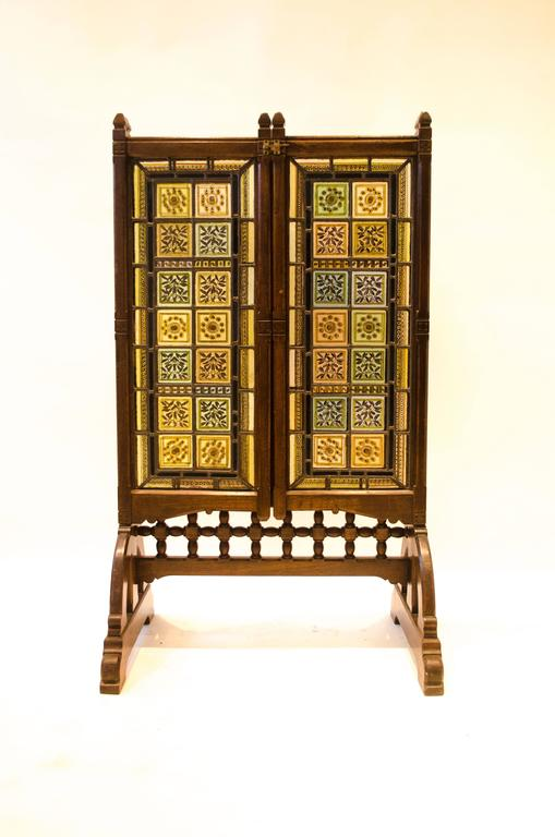 English AWN Pugin Gothic Revival Oak, Leaded & Painted Glass Three-Fold Fire Screen For Sale