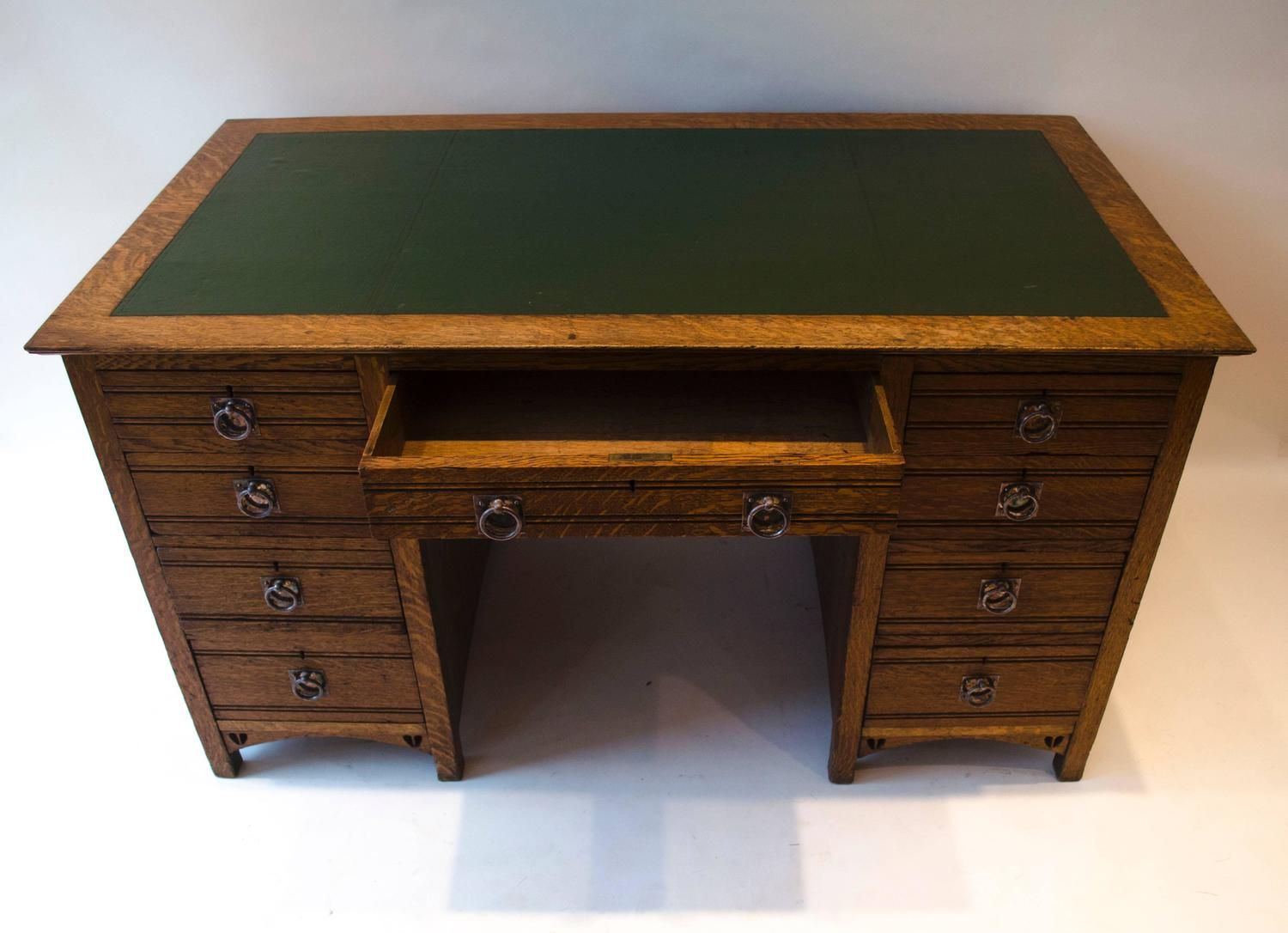 Glasgow School Oak Desk By E A Taylor For Sale At 1stdibs